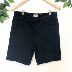 Levis Originals Black Shorts Petite